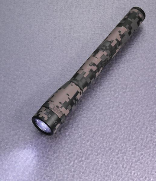 MAGLITE(マグライト) ミニマグライト2AA 3W LED USA限定色デジカモ
