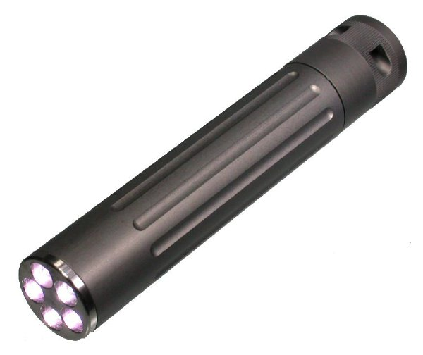 INOVA X5(チタングレー)タクティカル LEDライト X5MT-WT